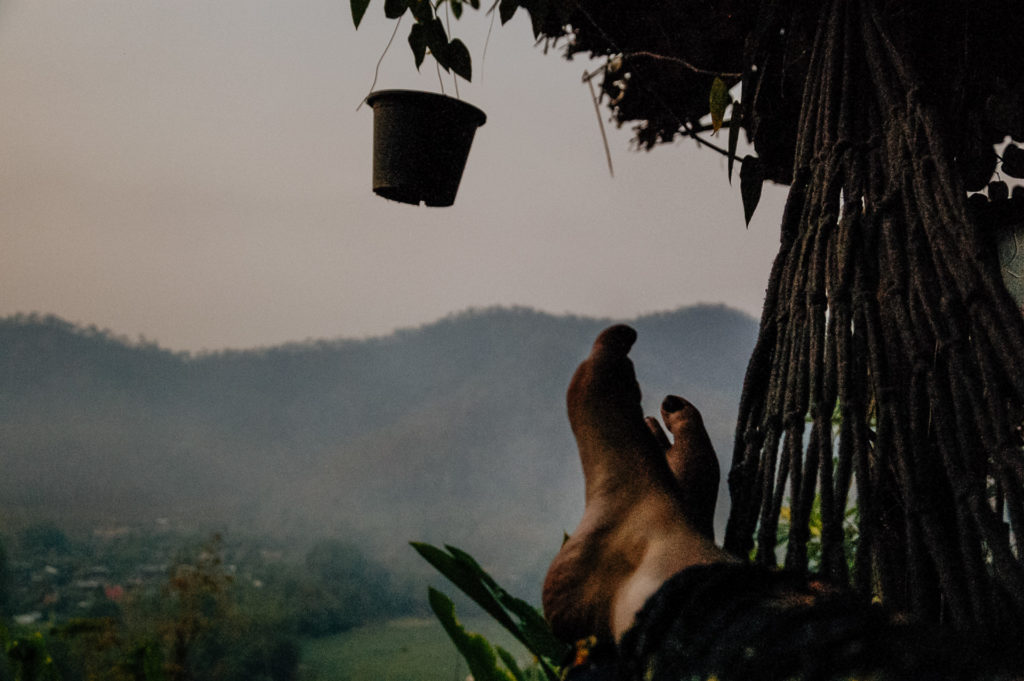 Les pieds en éventails, Spicy Villa