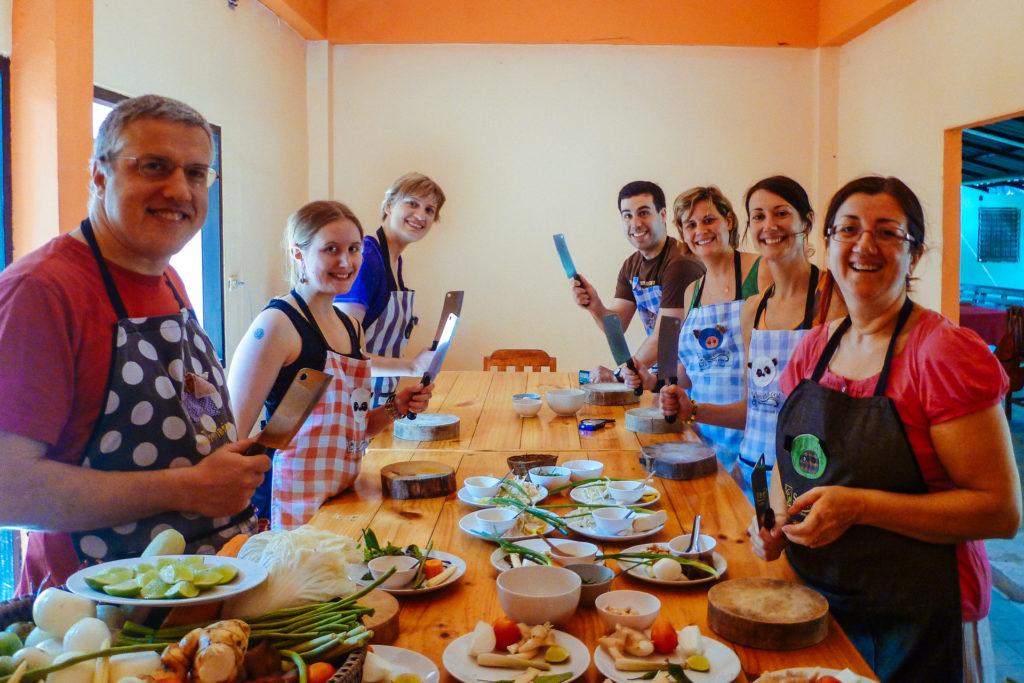 Participants d'un cours de cuisine thai, Chiang Mai