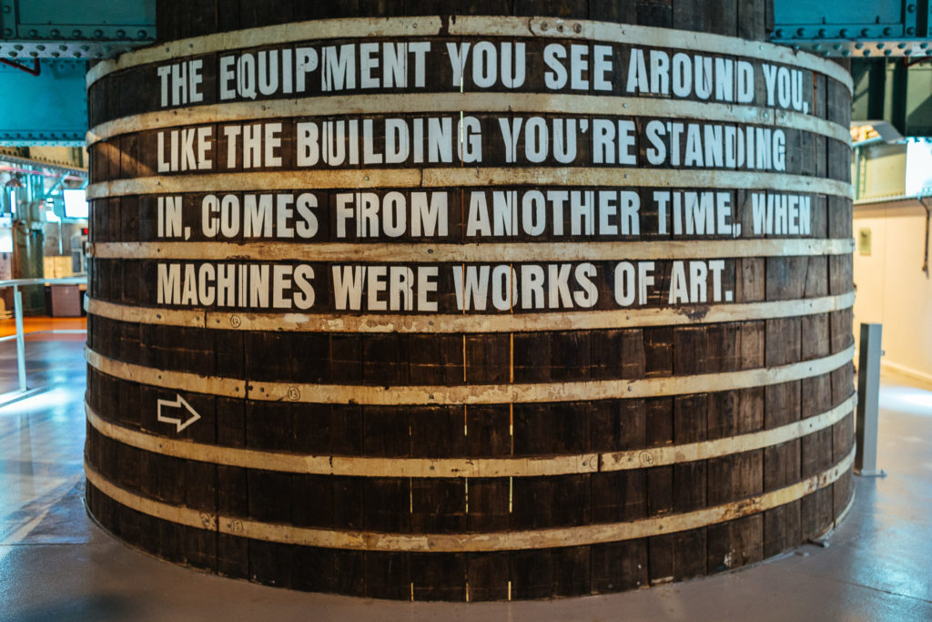 The equipment you see around you comes from another time, Guinne