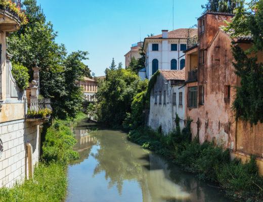 Maisons sur la rivière, Venise