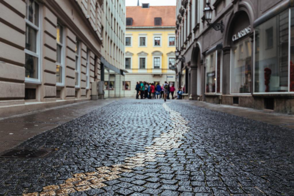 Golden line, Munich