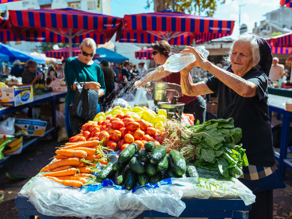 Keeping the greens fresh, Green Market, Split