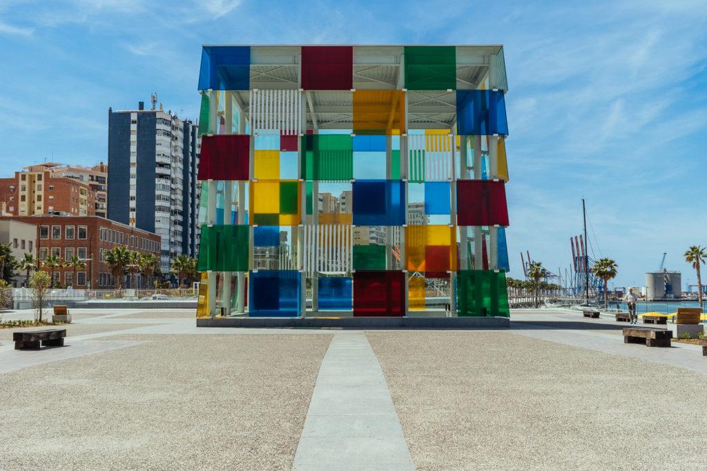 Cube design bizarre, Malaga