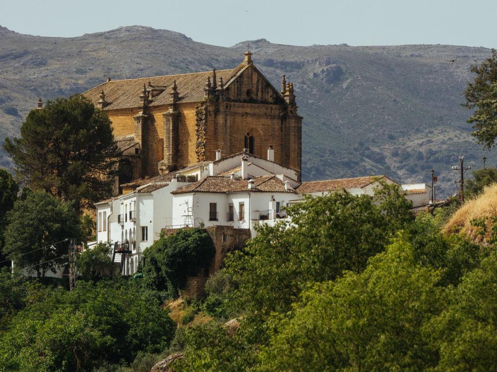 Église et maisons blanches, Ronda