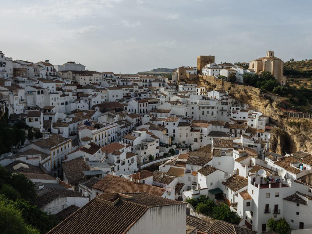 Village blanc de Setenil de las Bodegas