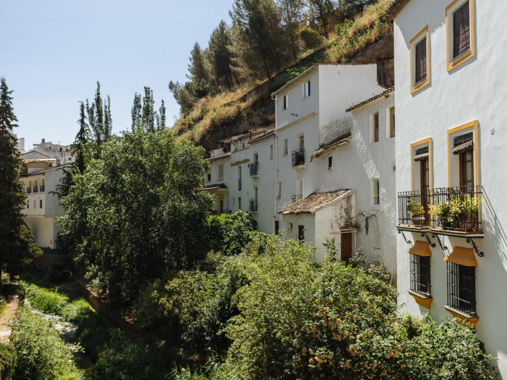 Maisons le long de Rio Trejo, Setenil de las Bodegas