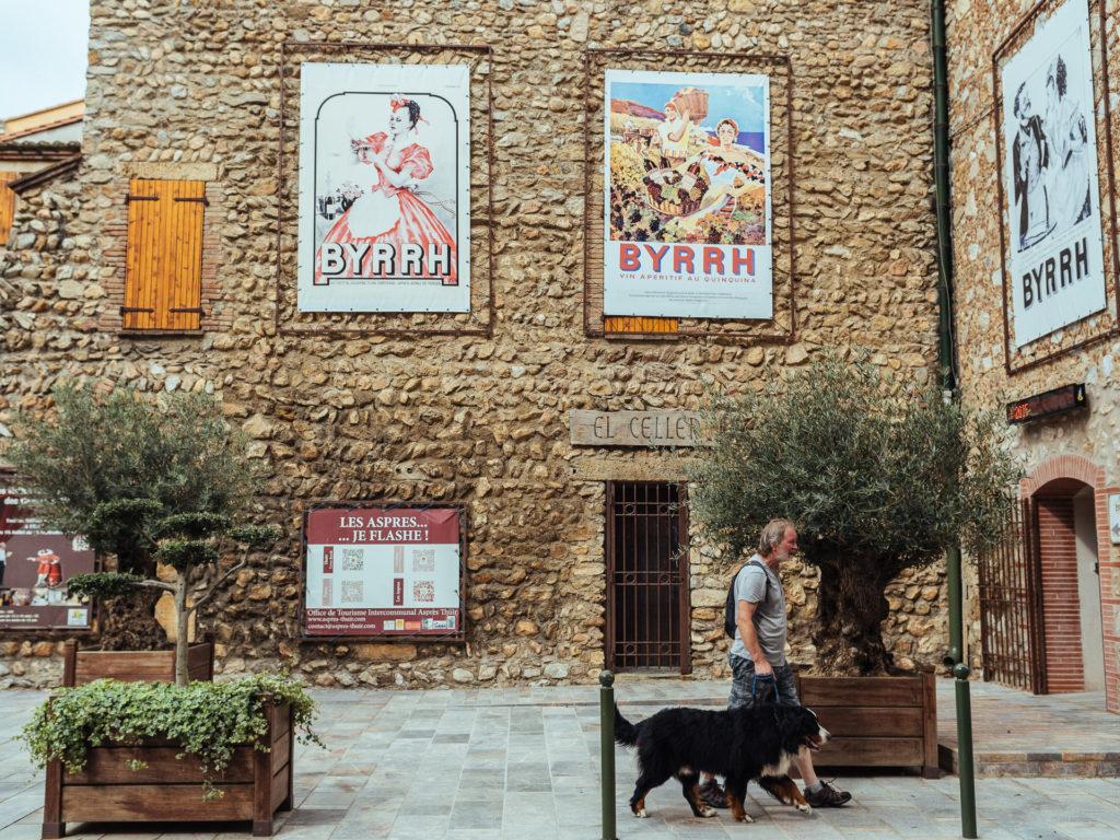 Vieilles publicités pour le Byrrh, Thuir