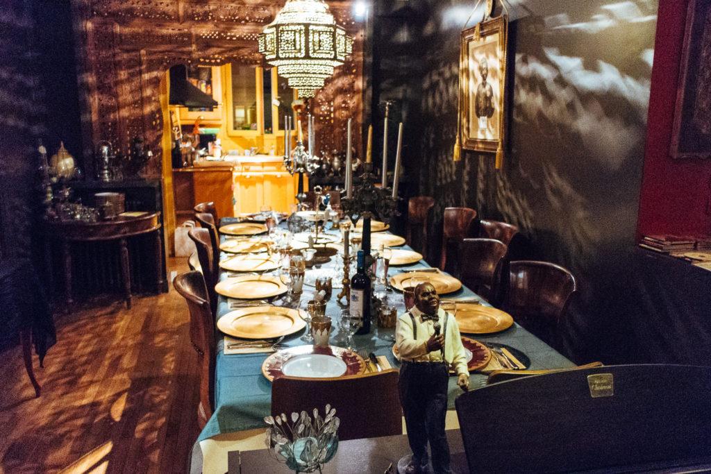 Vizeat Paris Table