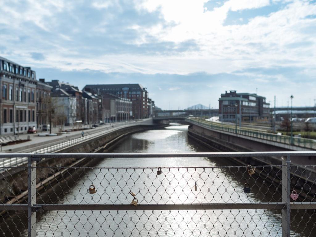 La Placerelle de Charleroi, le nouveau Pont des Arts ?