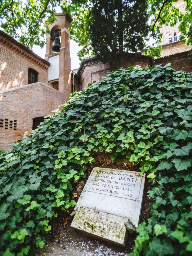 Tombe de Dante, Ravenna