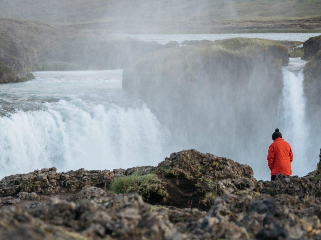 Fred face à Goðafoss