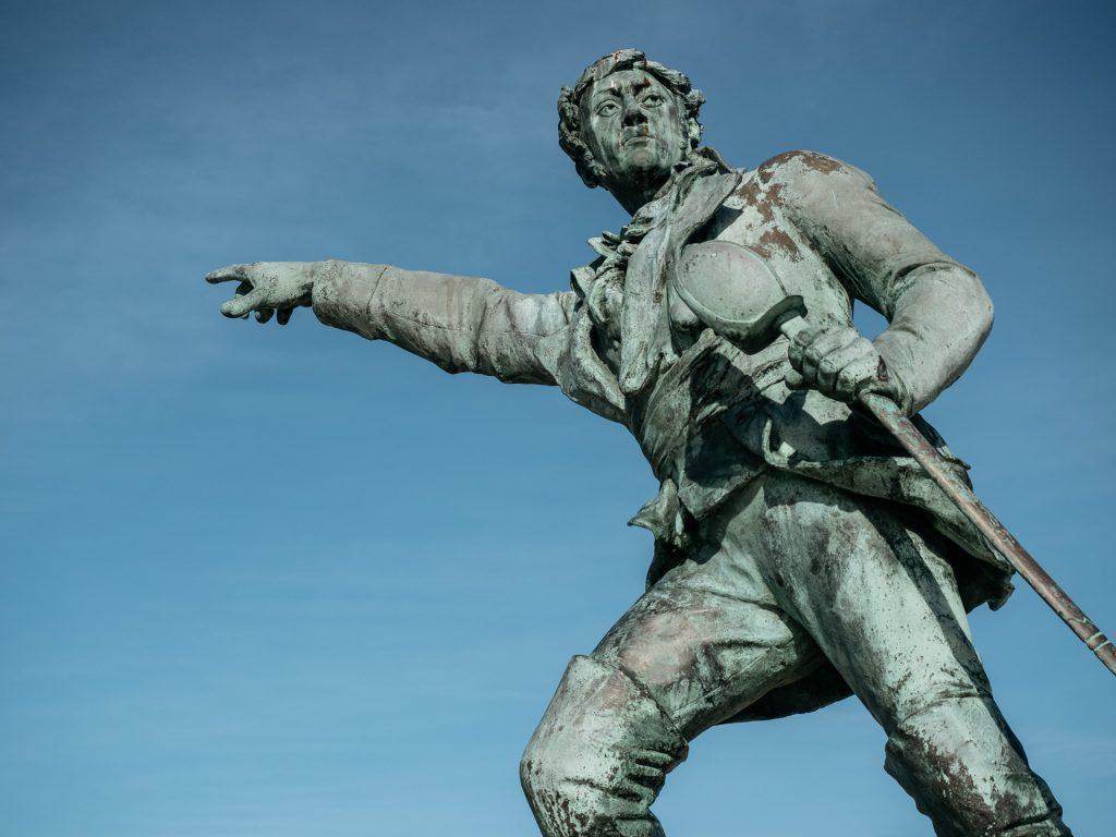 Statue de Robert Surcouf, Saint-Malo