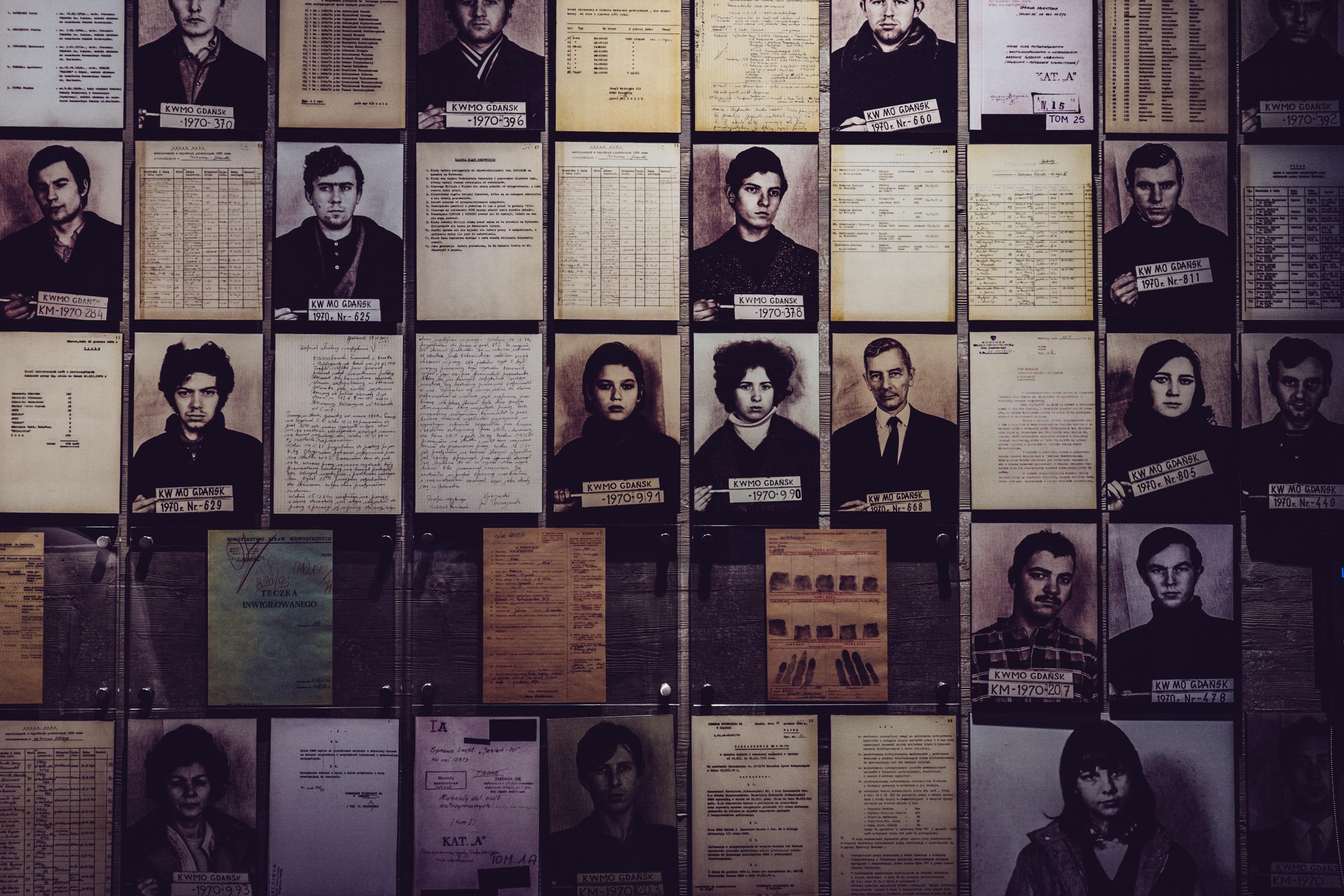 Les victimes des émeutes de 1970 au Centre de la Solidarité Européenne à Gdansk - Pologne