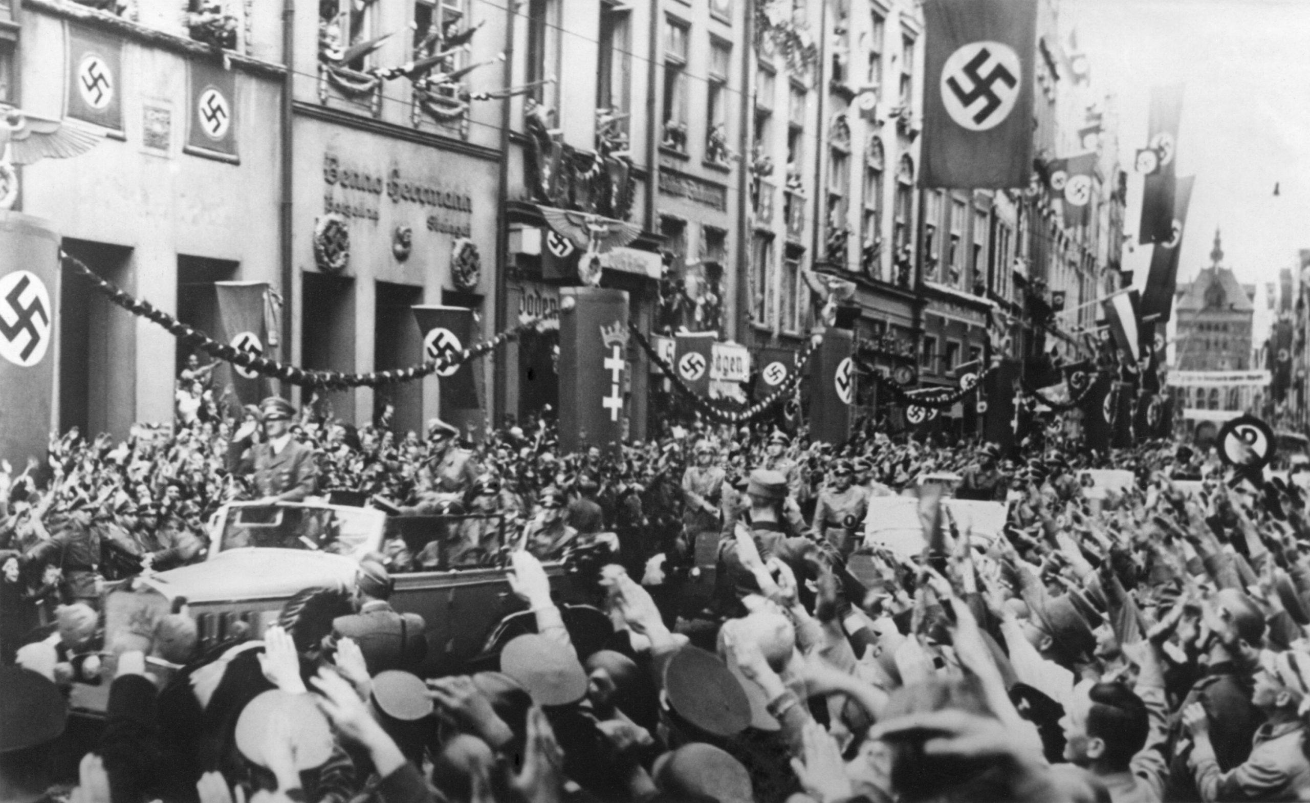 Entrée des troupes nazis d'Hitler dans Gdansk - Danzig - Pologne
