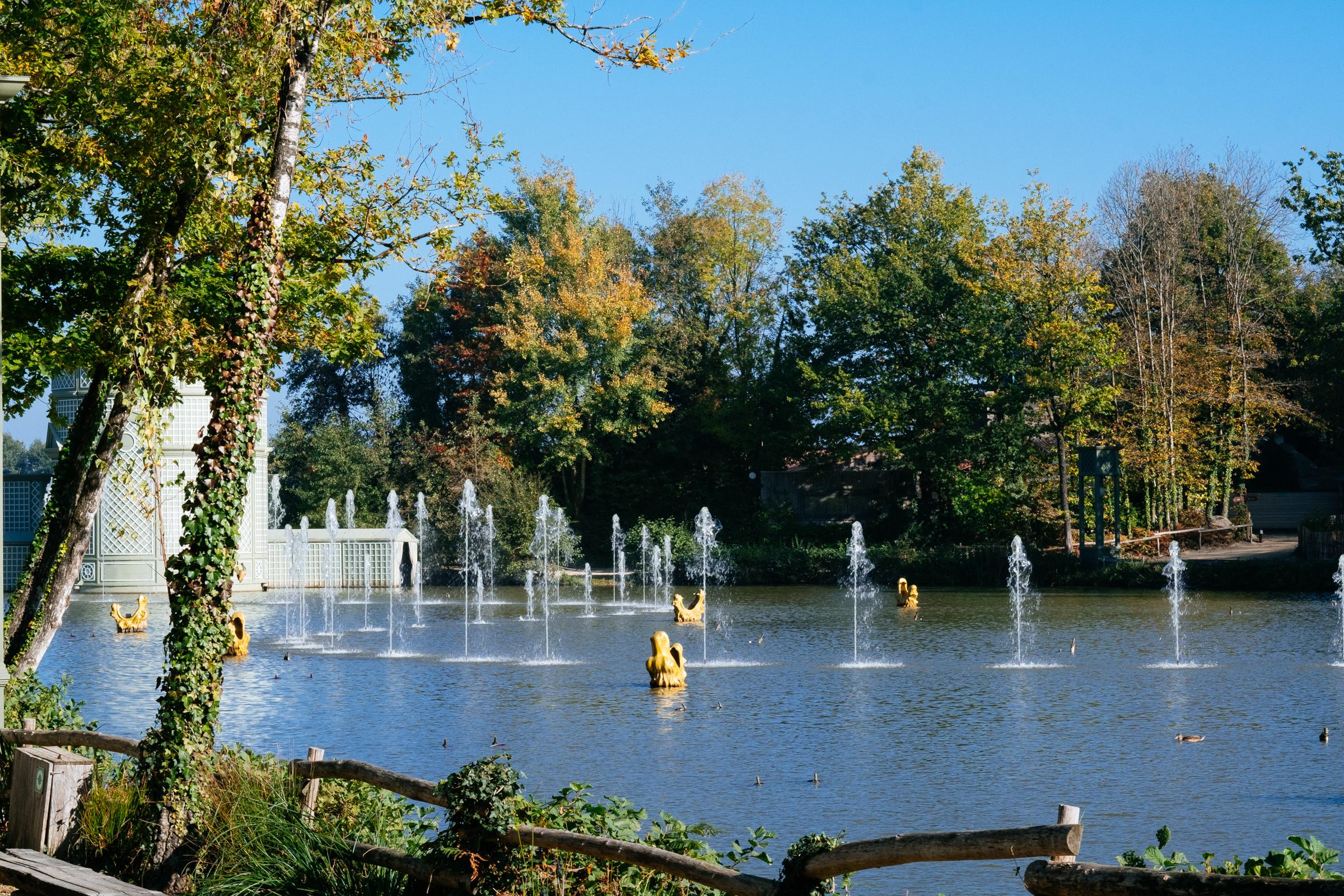 Le Grand Parc du Puy du Fou - France - Le Lac