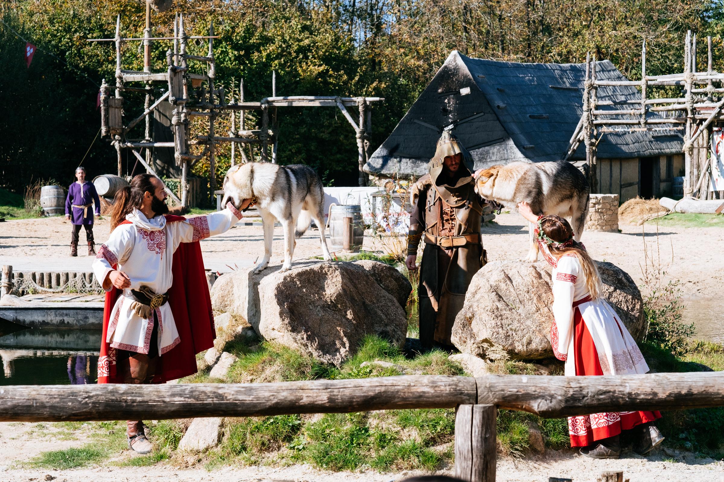 Puy du Fou - France - Les Vikings - Loups