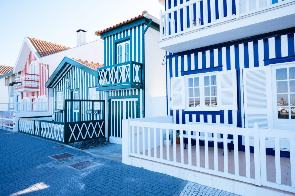Portugal - Costa Nova - Maisons colorées