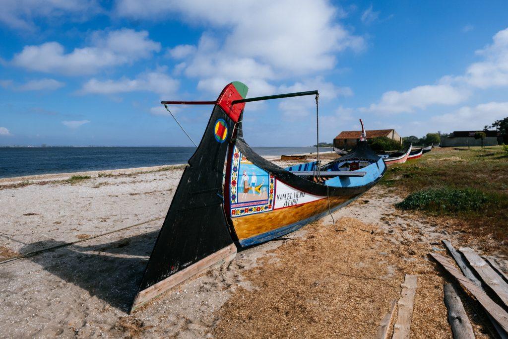 Portugal - Museu Estaleiro da Praia do Monte Branco - Moliceiros - bateau traditionnel portuguais